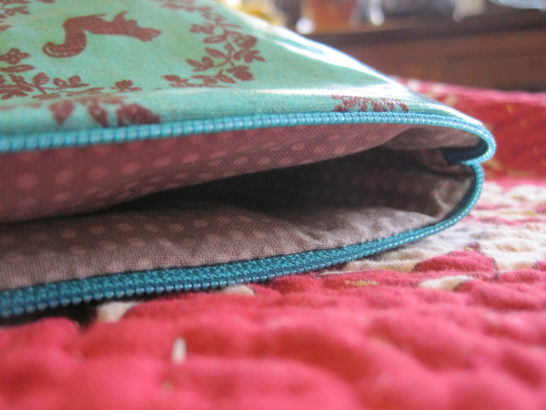zippered pouch interior