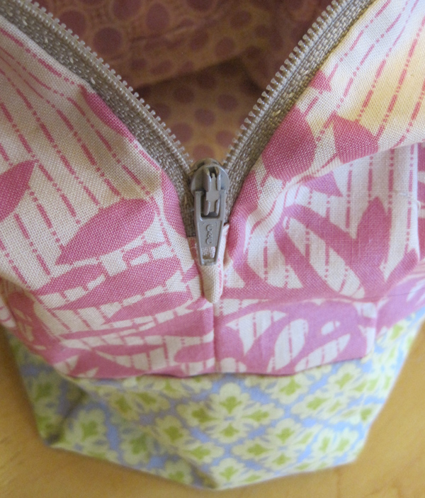 Evey bag zipper